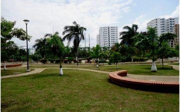 La Ciudad de los Parques vuelve a verse y a sentirse gracias a los agentes de cultura ambiental y cuidadores que proporciona el AMB