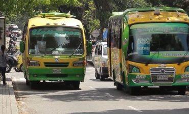 Restricción de circulación a los vehículos del transporte público colectivo se amplía desde las 4:00 a.m. a las 23:59 p.m. del martes 24 de marzo en toda el Área Metropolitana