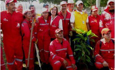 """Materiales al Parque"""" en el barrio Girardot, primera gran actividad de los Agentes de Cultura Ambiental"""