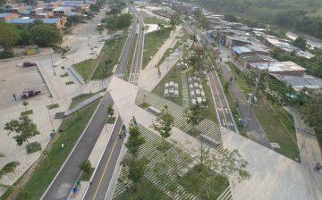Con obras como el Parque Lineal Río de Oro, el Área Metropolitana y la Alcaldía de Bucaramanga demuestran que se pueden realizar proyectos con alto diseño y arquitectura en zonas vulnerables